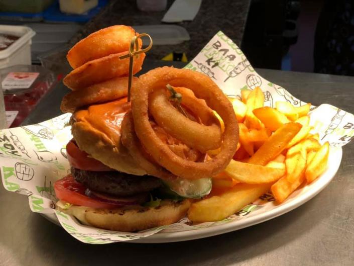 Dartmoor Burger - Ye Olde Two Brewers